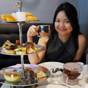 "da.u.de Tea Lounge & ""High Tea"""